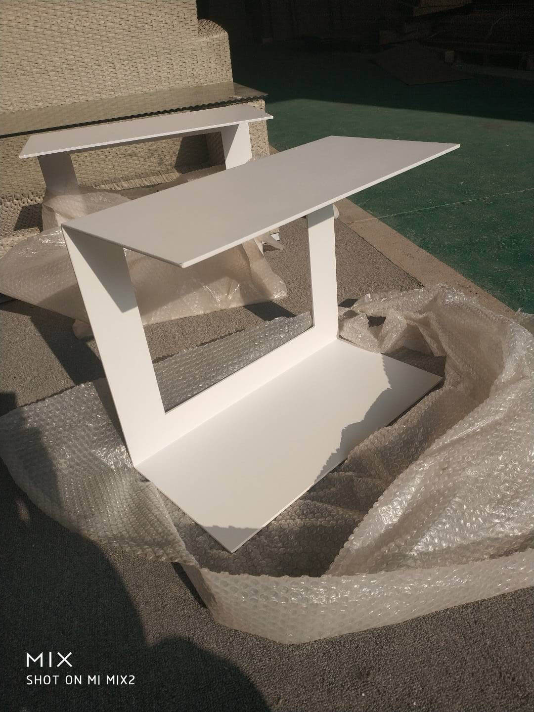 china custom made outdoor end table suppliers