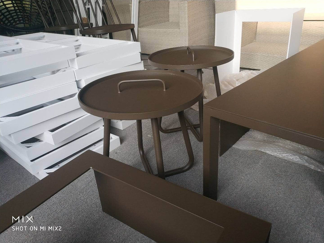 china custom made outdoor side table factory